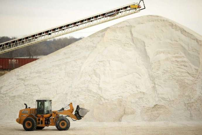 Frac sand supplier U.S. Silica raises prices on its other products- oil and gas 360