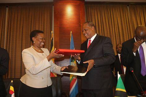 Uganda,Tanzania sign Inter Governmental Agreement for Crude Oil Pipeline