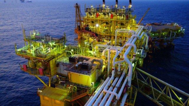 Pemex negocio gasolinas o crudo