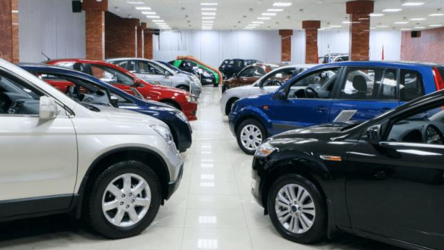 devaluacion autos salen agencia méxico