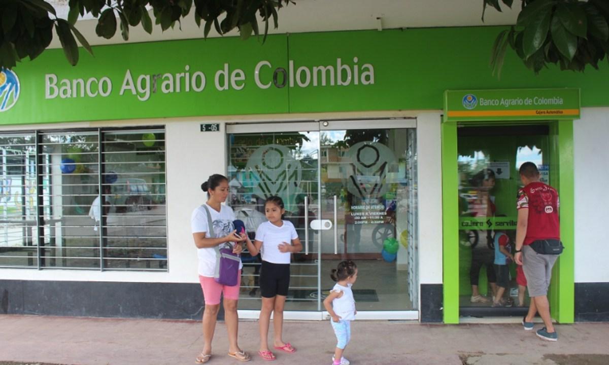 Cajero automático 'enloquece'en Colombia y regala dinero