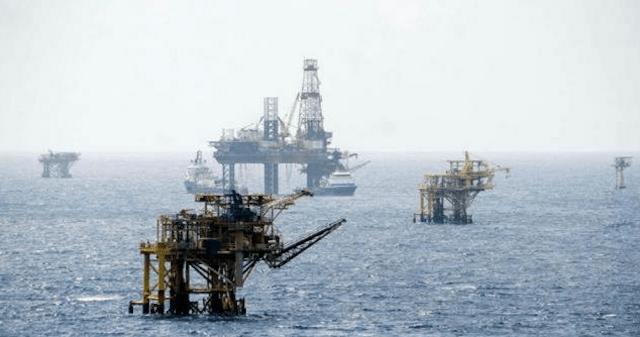 Estaciones petroleras