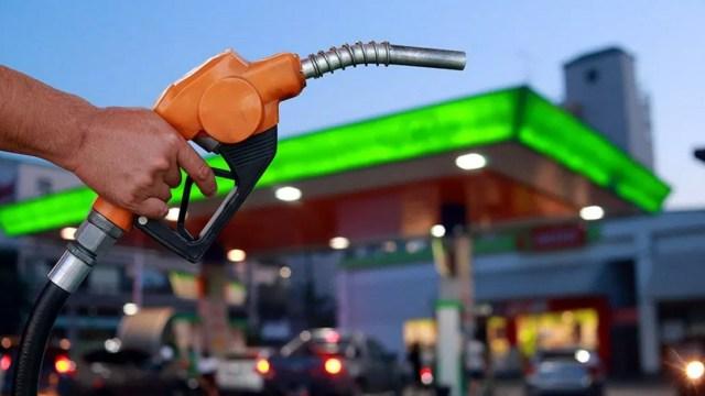 Gasolineras se amparan contra la Profeco