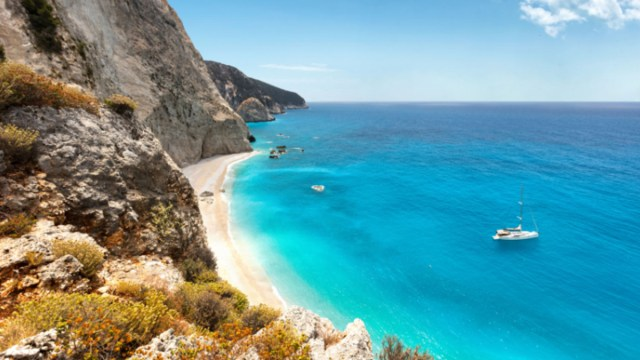 Isla griega paga por vivir ahí