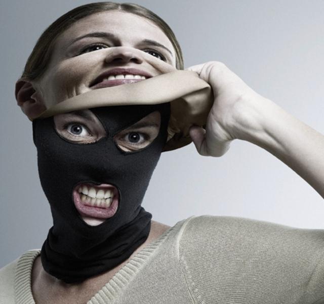 El modus operandi más frecuente es el robo de identidad