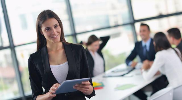 Empresas tienen mejores resultados cuando hay mujeres en cargos directivos