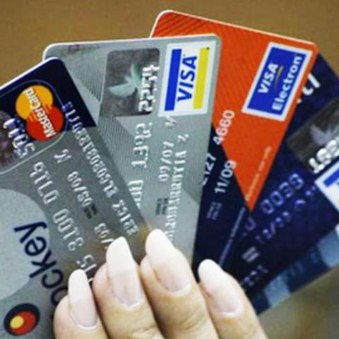 Tarjetas de crédito, Instituciones Bancarias, Tarjetas, Plásticos