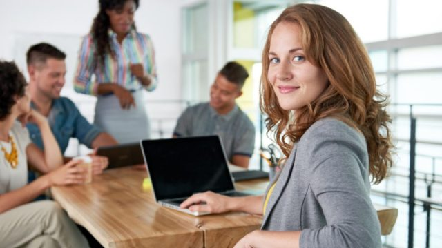Imagen: Millennials trabajan en una oficina, 31 de octubre de 2019 (Imagen: Especial)