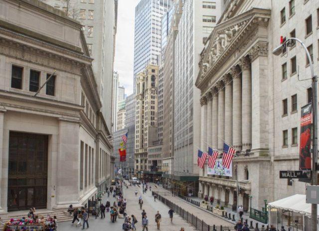 Imagen: Inmediaciones de la Bolsa de Nueva York, 8 de noviembre (Imagen: Especial)
