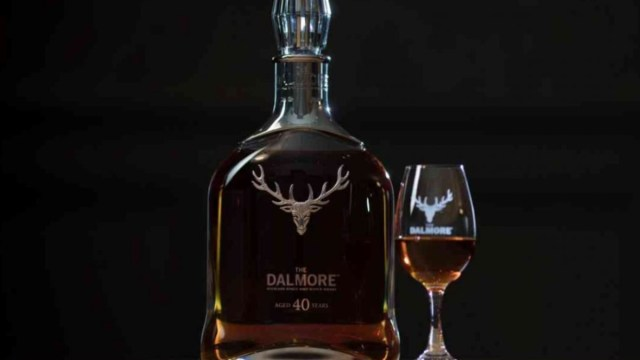 13 de diciembre 2019, Botella de whiskey más exclusiva del mundo, whiskey, copa, bebidas, bebidas alcohólicas