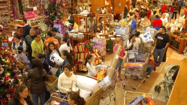 04 diciembre 2019, compras de navidad, regalos, compras, supermercados, tiendas, personas, productos, comercio, gastos navideños