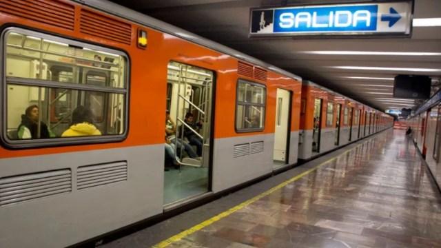 24 de diciembre 2019, Hacer servicio comunitario en el Metro, metro, movilidad, transporte, transporte público, servicios de movilidad