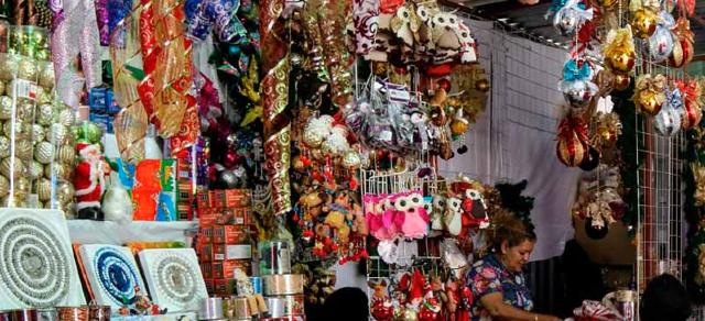 09 de diciembre 2019, venta ilegal de productos navideños, ventas, comercio ilegal, productos navideños, consumo
