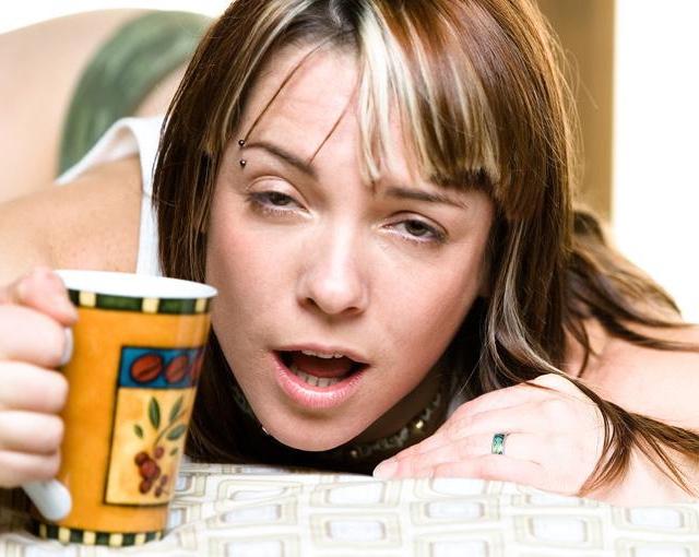 3 de enero de 2020, beber, trabajo, cruda, beber en exceso puede afectar el rendimiento laboral (Imagen: Especial)