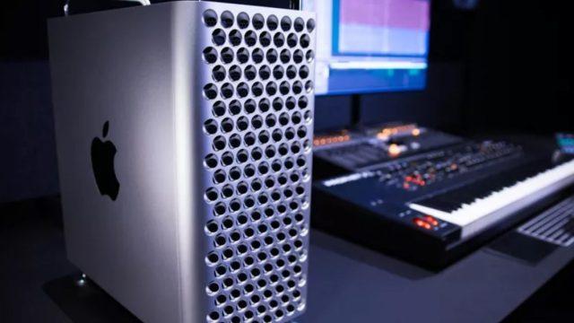 """11 de diciembre de 2019, computadora escritorio, Mac Apple, la Mac Pro, junto con su """"accesorio"""" para monitor XDR 6K Pro Display XDR de 5 mil dólares (Imagen: Especial)"""