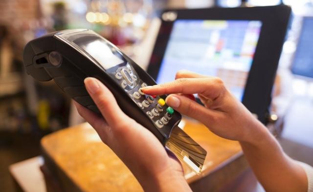 30-12-19, tarjeta, tarjeta crédito, tarjeta débito, ¿puedes pagar con débito como si fuera crédito?