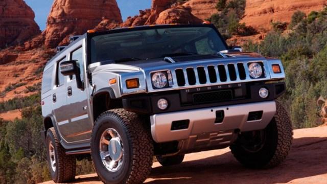 17 de enero 2020, Nuevo modelo de Hummer, Hummer, SUV, Camioneta, Autos, Montañas, Terrecería