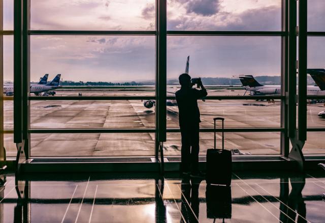 07 de enero 2020, Pasos para tramitar la visa, Aeropuerto, Persona, Maleta, Aviones, Viajes