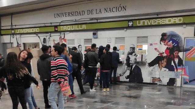 4 de febrero de 2020, metro, estudiantes