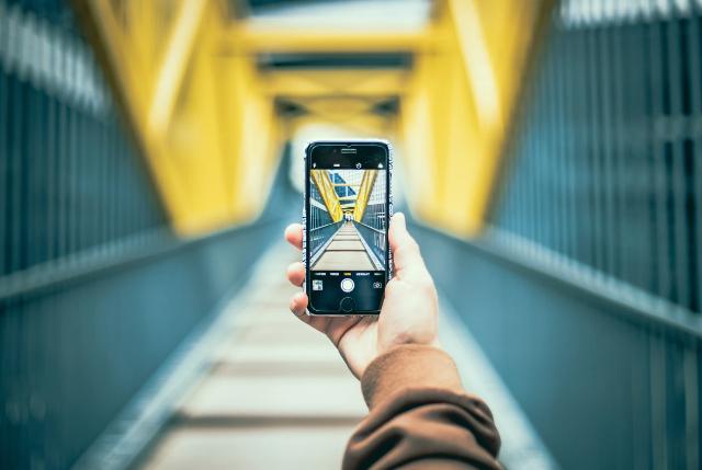 17 de febrero 2020, Smartphone, Celular, Dispositivo Móvil, Puente