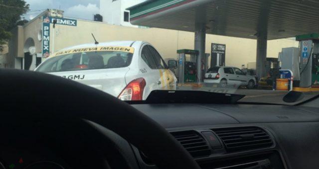 21 de febrero de 2020, gasolinera en la CDMX (Imagen: Twitter @IbraVeol)