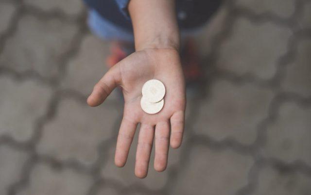17 de febrero de 2020, monedas que junta un niño (Imagen: Unsplash)