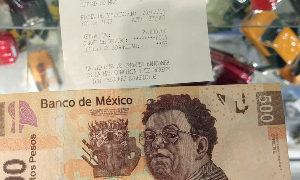 18 de febrero de 2020, retiro de dinero en cajero (Imagen: Twitter @chucastellanos)