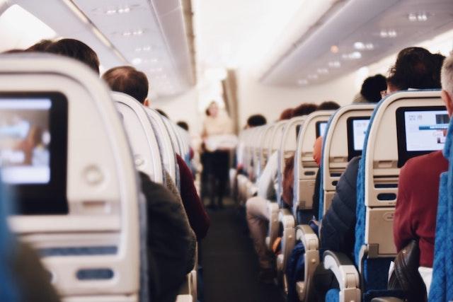 Aerolíneas, Vuelos, Números de pasajeros,