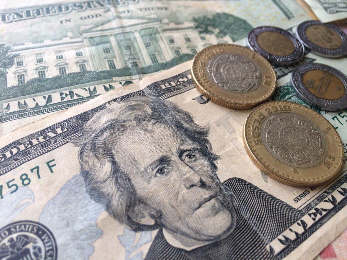 Dólar frente al peso mexicano (Imagen: Oink Oink)