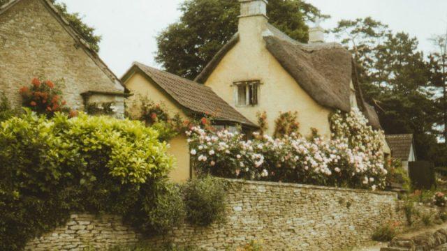 Edificar una casa (Imagen: Unsplash)