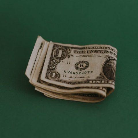 ¿Cómo está el dólar al cierre? (Imagen: Unsplash)