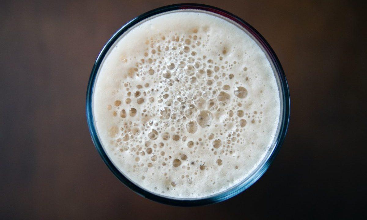 Vaso de cerveza (Imagen: Unsplash)