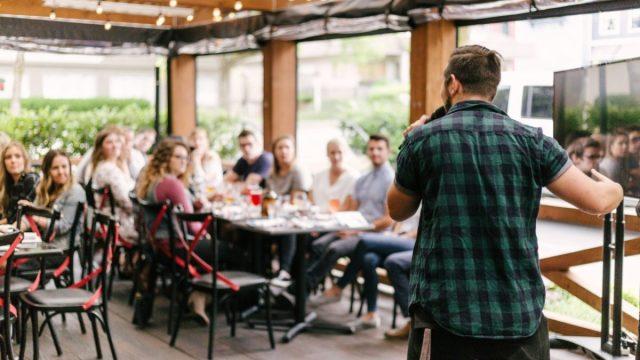 Hablar en público (Imagen: Unsplash)