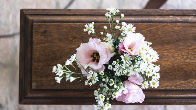 Ataúd y funeral bajos recursos (Imagen: Unsplash)