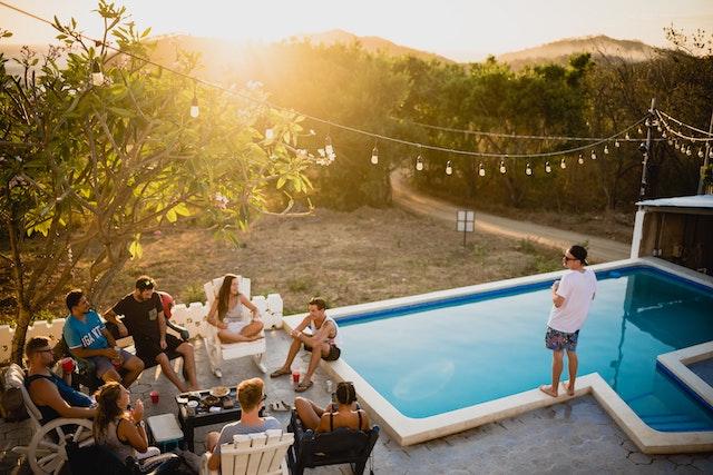 Airbnb, airbnb Prohíbe fiestas y Eventos en sus Alojamientos
