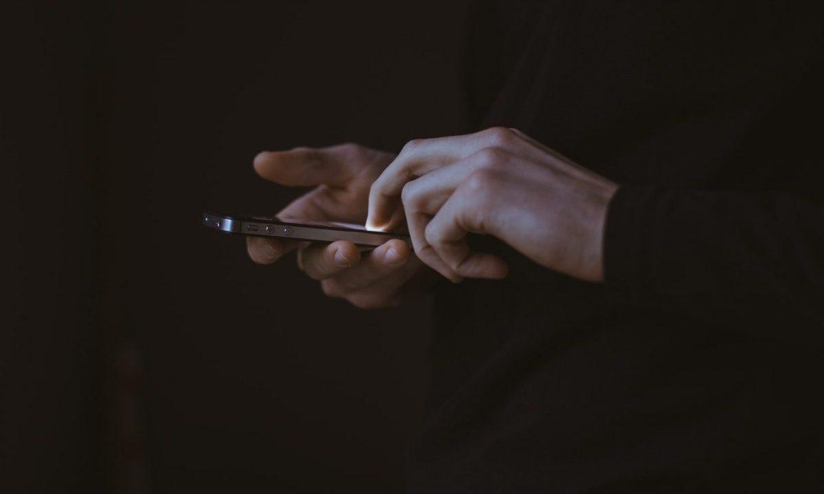 Lanza Oxxo nuevo smartphone: costará 599 pesos