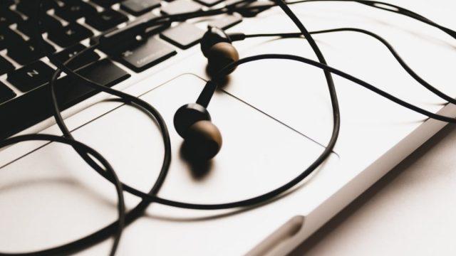 Música en el trabajo (Imagen: Unsplash)