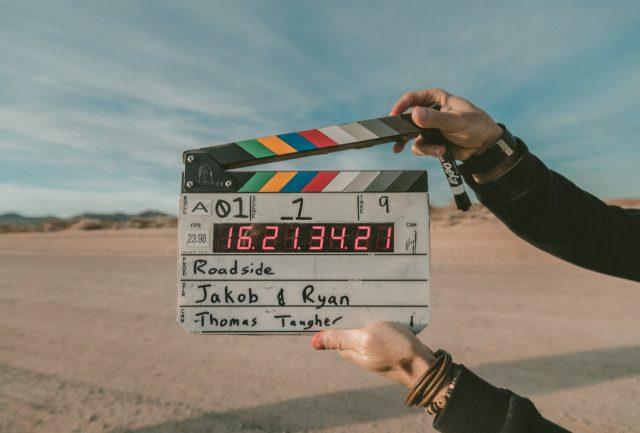 Momento de filmar un cv (Imagen: Unsplash)