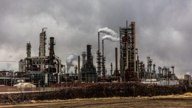 El exceso de refinerías es el próximo problema de la industria petrolera