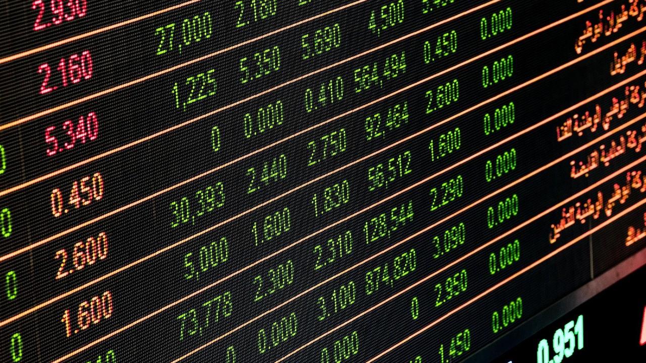 Bolsas de valores se desploman por rebrotes de coronavirus