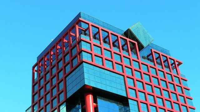 CFE reporta ganancias por 28 mil 935 mdp en tercer trimestre