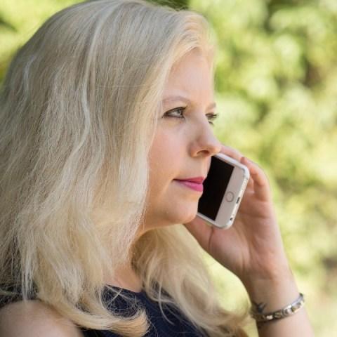 Estafadores te llaman por teléfono para que caigas en fraudes y te quiten tus ahorros del Infonavit