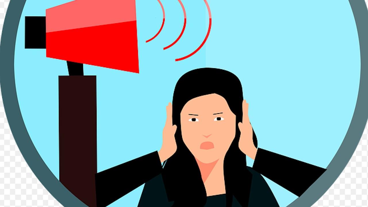 Estrés por llamadas del trabajo fuera de horario de trabajo en home office, busca regular Ley Federal del Trabajo (Imagen: Pixabay)