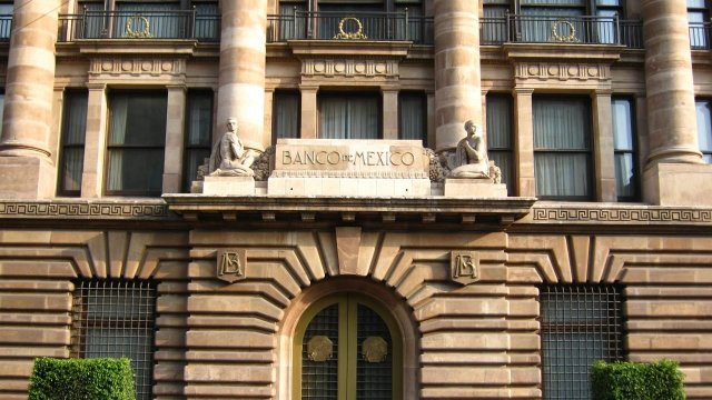 Senado aprueba reformas al Banxico en captación de divisas