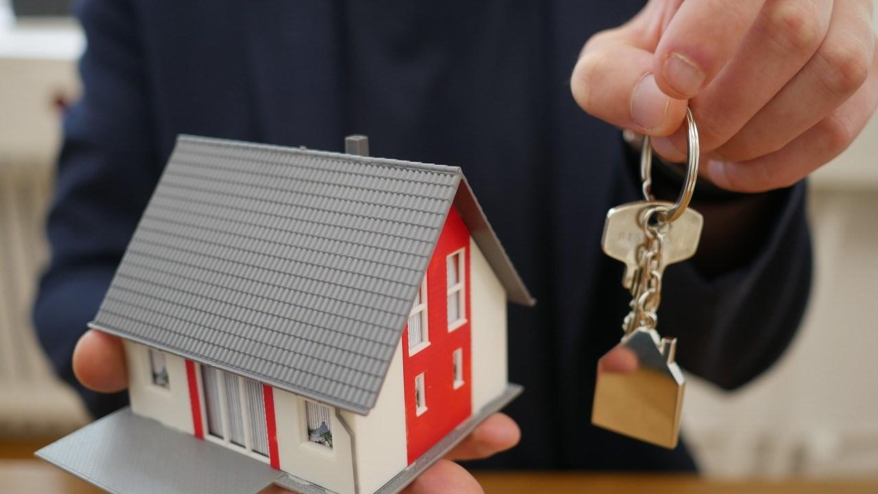 ¿Piensas pagar el enganche de tu casa con tu aguinaldo? Ten en cuenta esto