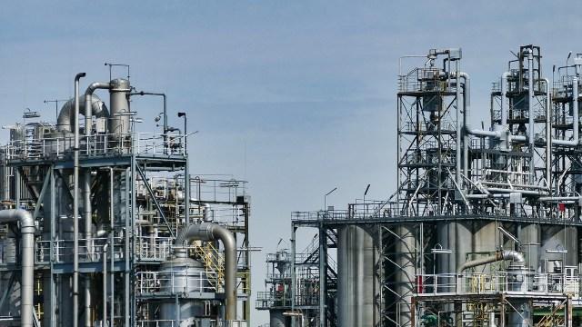 Proceso de petróleo de Pemex se aleja 15% de metas de octubre