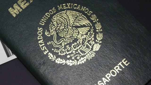 Alertan sobre página falsa para tramitar pasaporte mexicano