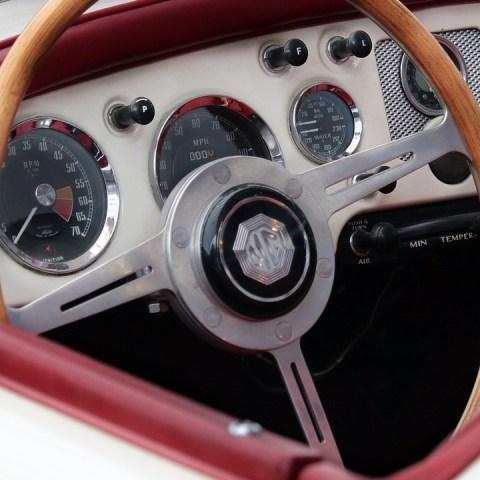 Museo subastará autos clásicos para evitar la quiebra