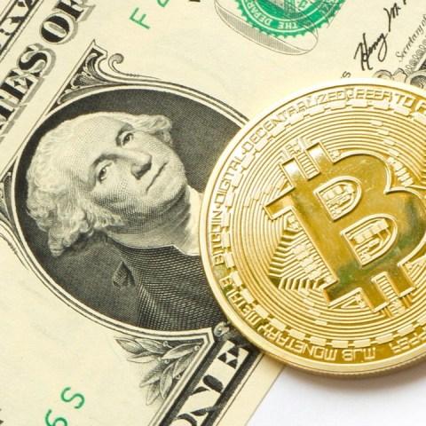Por qué el bitcoin no puede sustituir al dólar
