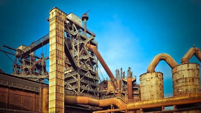 Inversión fija bruta crece 2.8% en octubre de 2020: Inegi